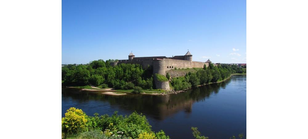 Копорье и Иван-город