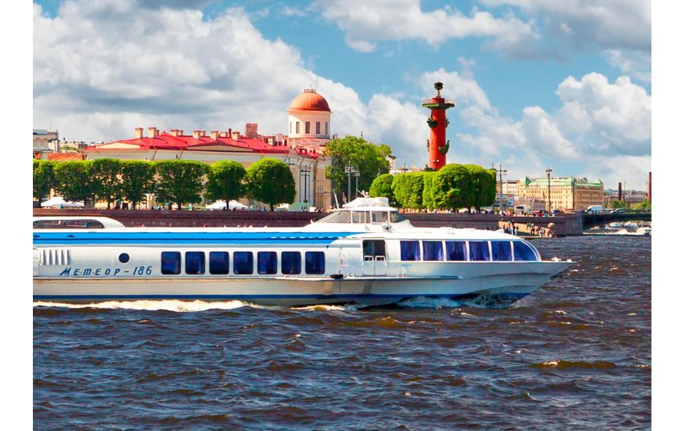 В Петергоф – столицу русских фонтанов